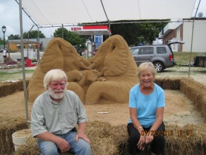 Sandy-Feat Sand Sculpture Artisits